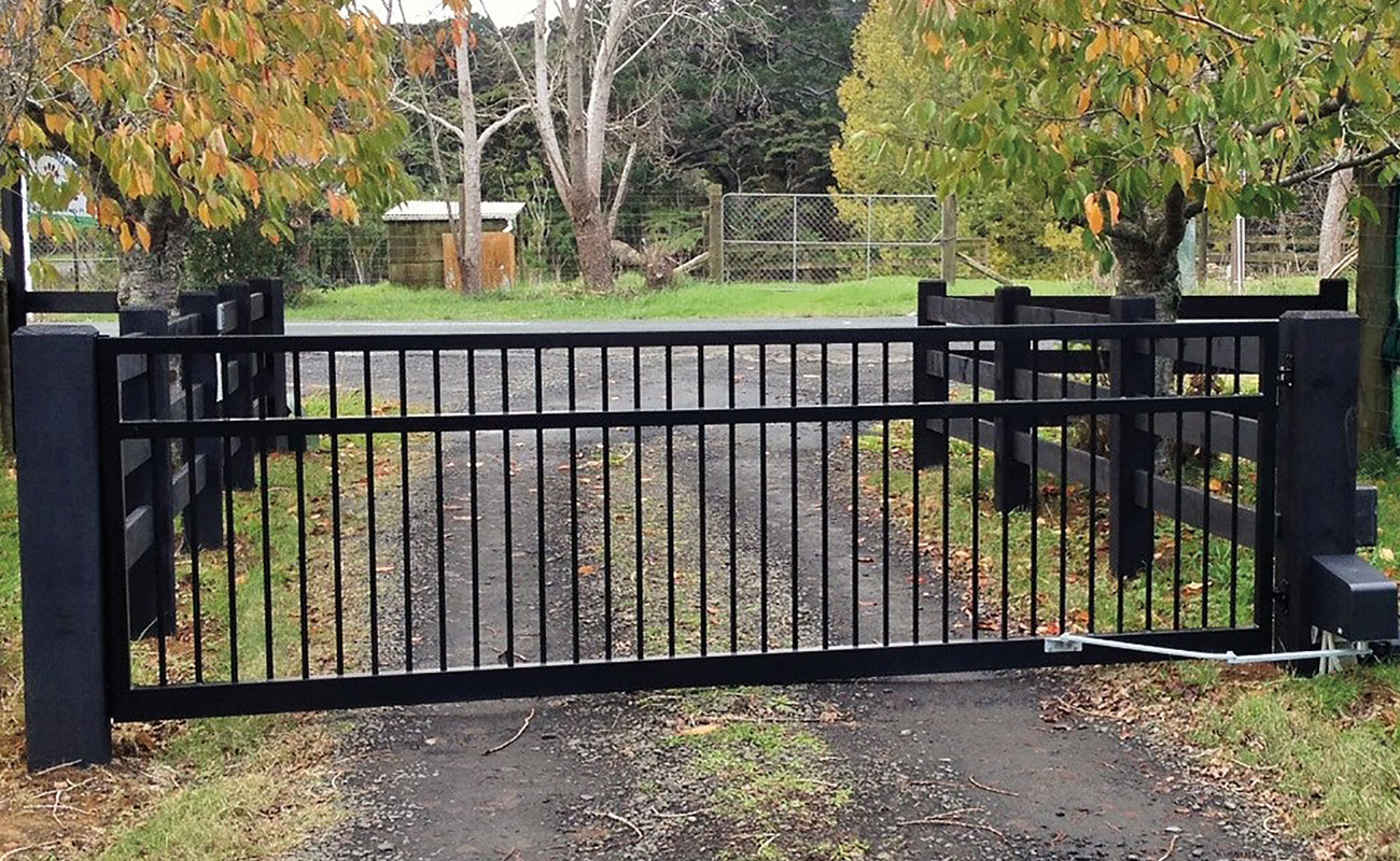 Building Fencing and Gates on a Tight Budget in NZ | Zones