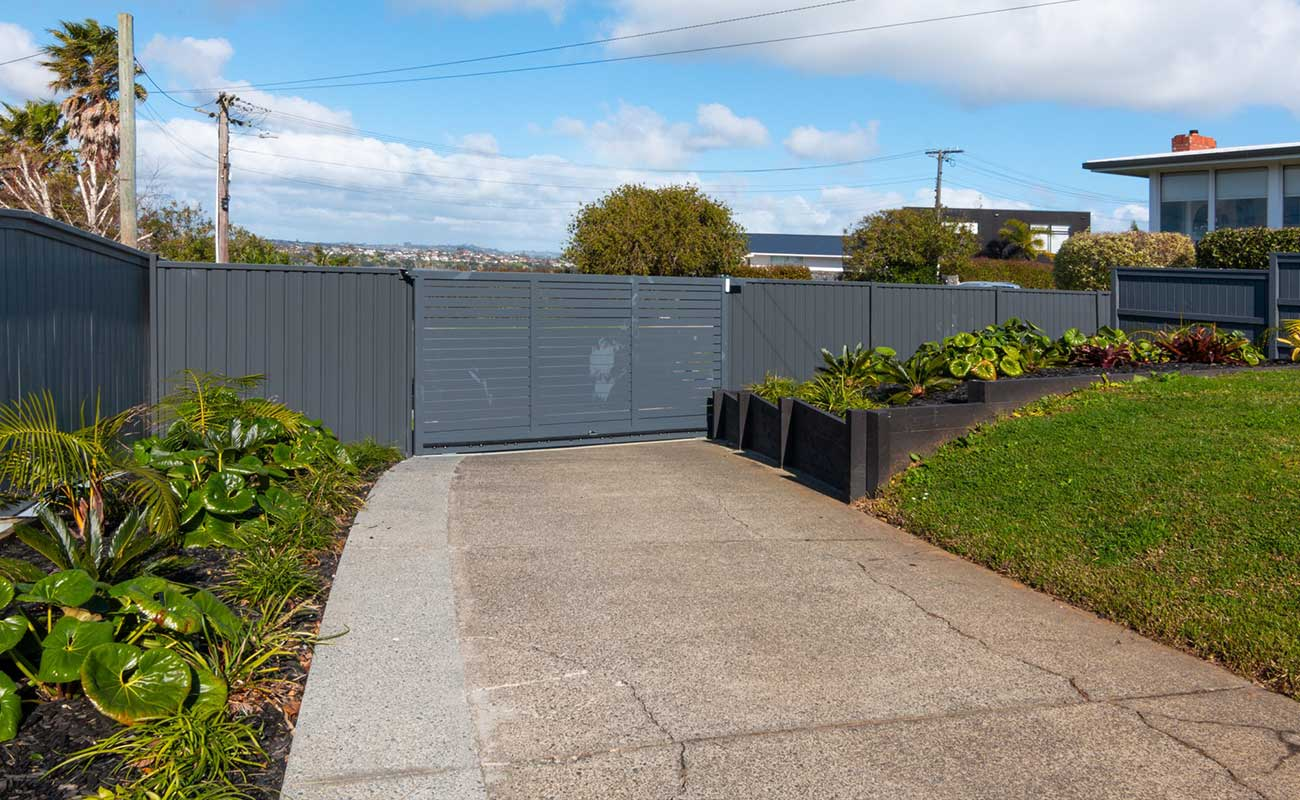 Wide driveway built in Auckland