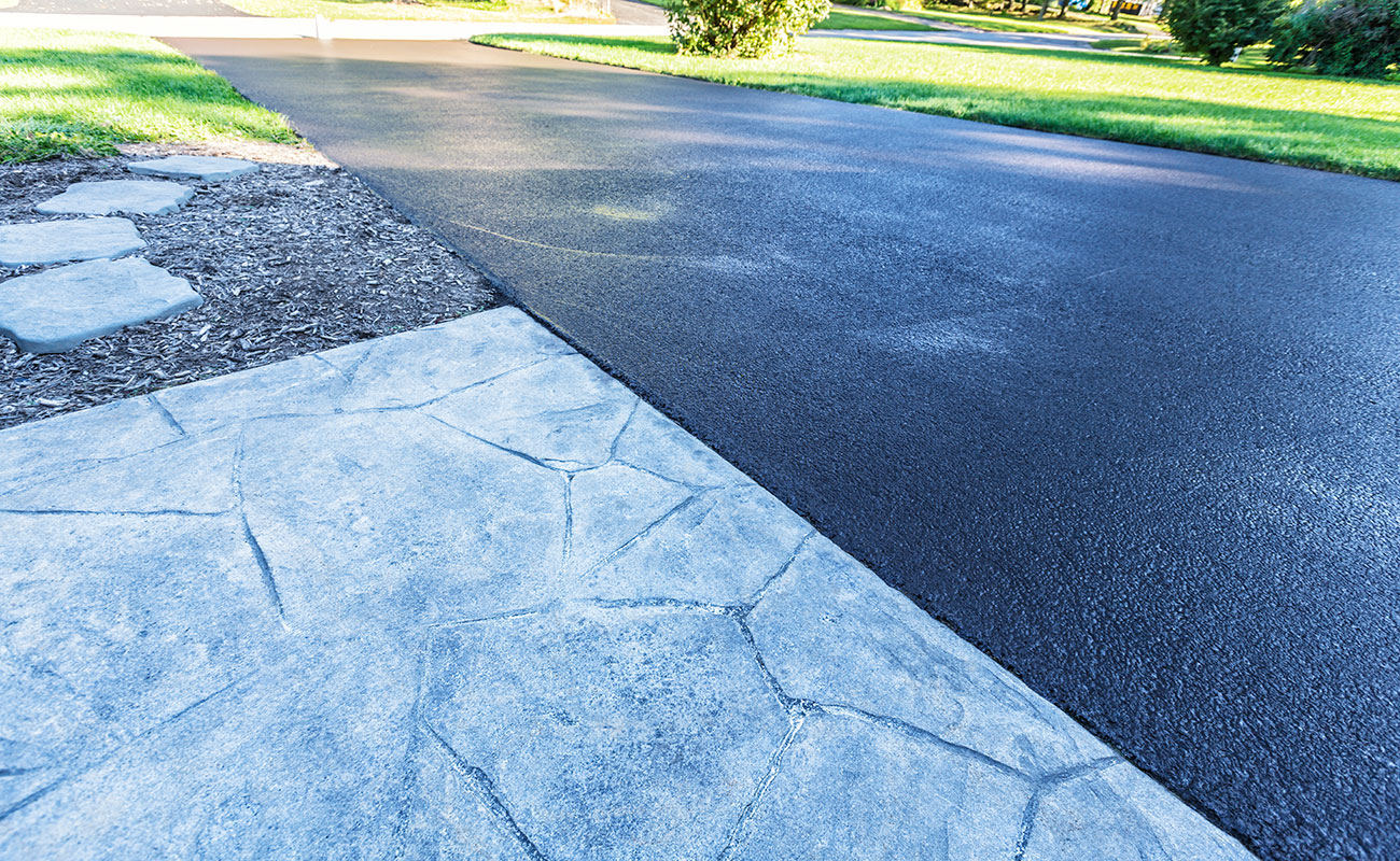 driveway made from asphalt