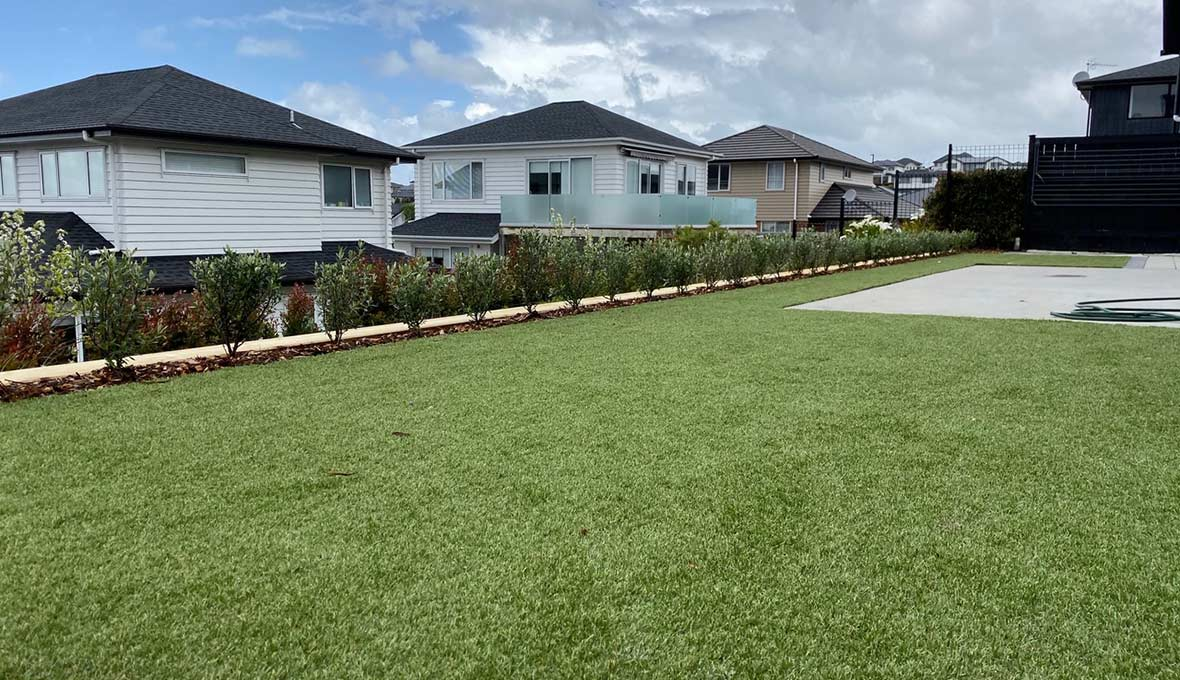 Artificial turf and new gardens in Silverdale