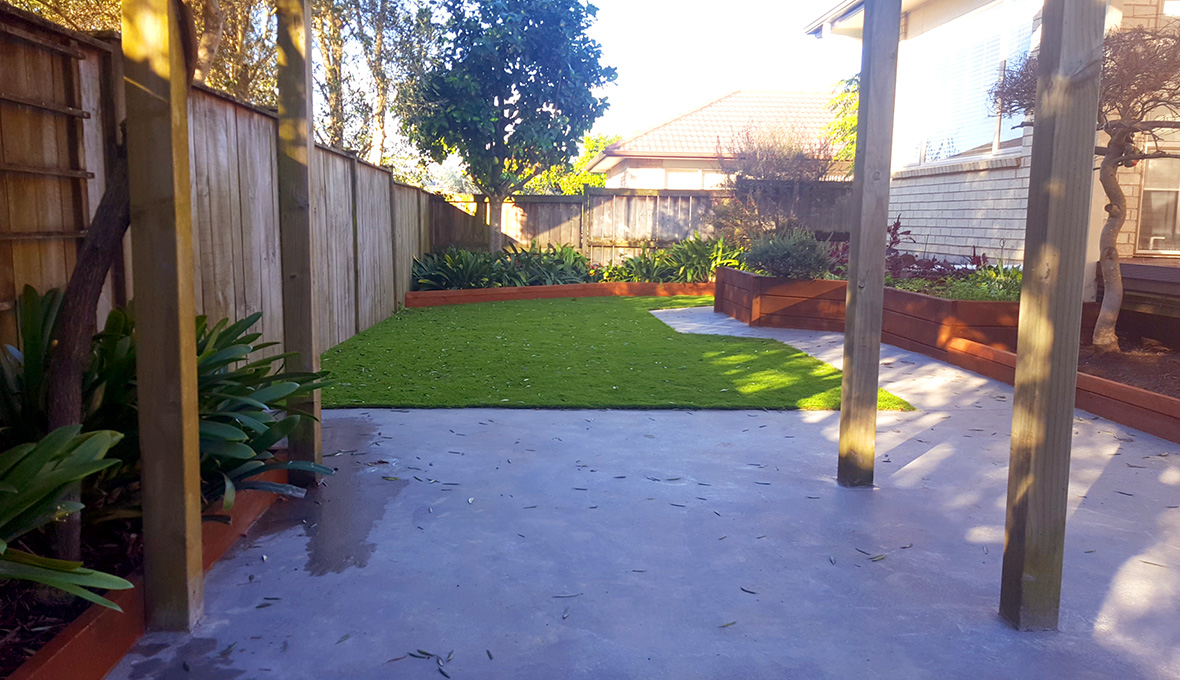 A new backyard with new lawn