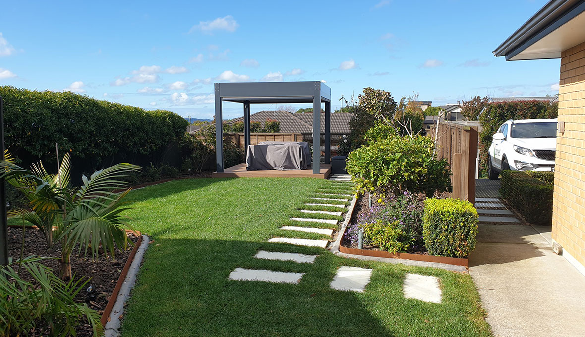 Wanting to optimise his property's lawn area, homeowner Aseem contacted his local Zones Landscaping Specialist Matthew Wilkinson.