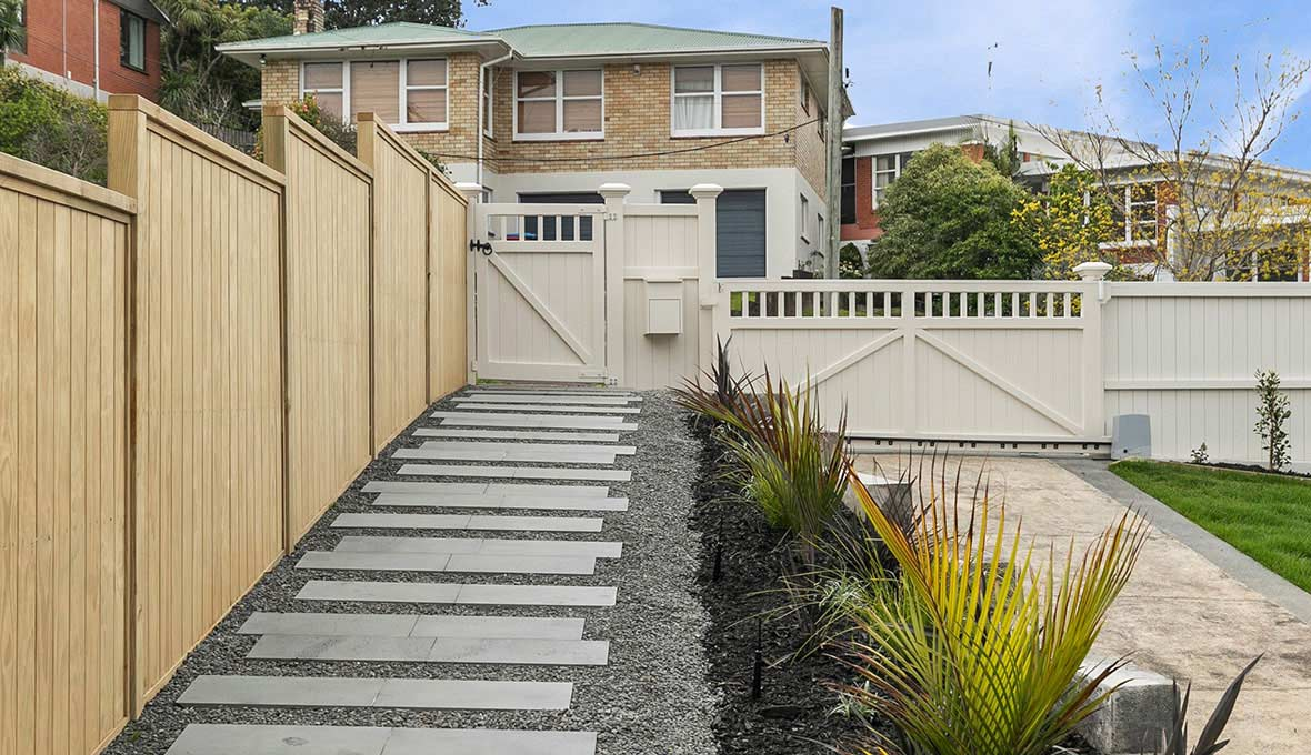 Exquisite entrance pathway in Meadowbank, Auckland