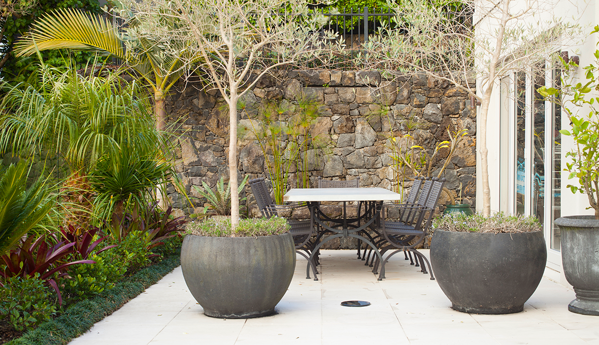 Zones landscaping art deco garden alfresco dining