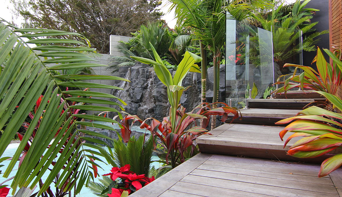 Zones landscaping subtropical resort balustrades