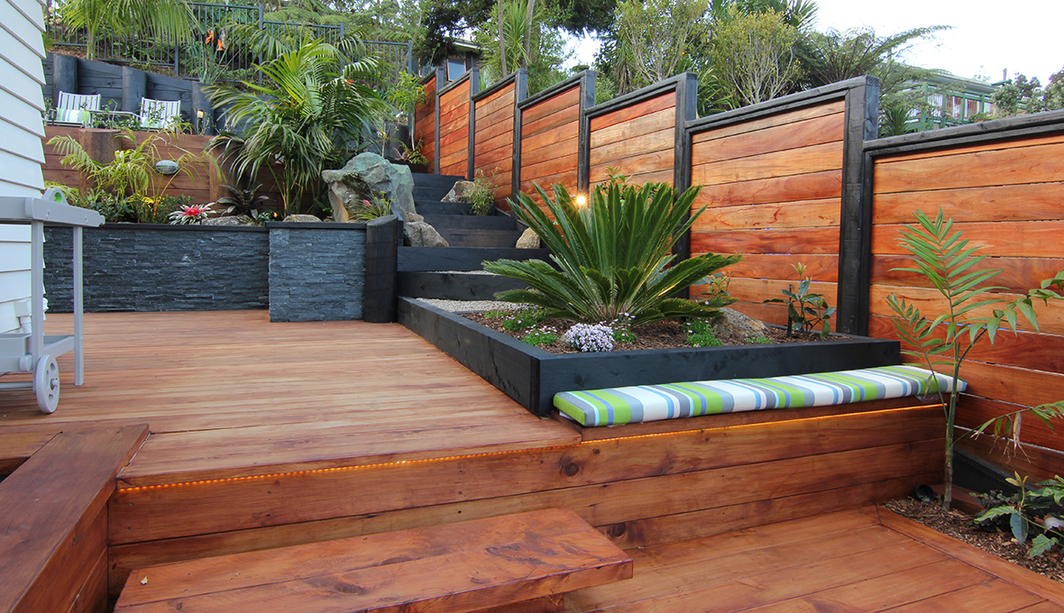 Zones landscaping titirangi entertainment extravanganza decking
