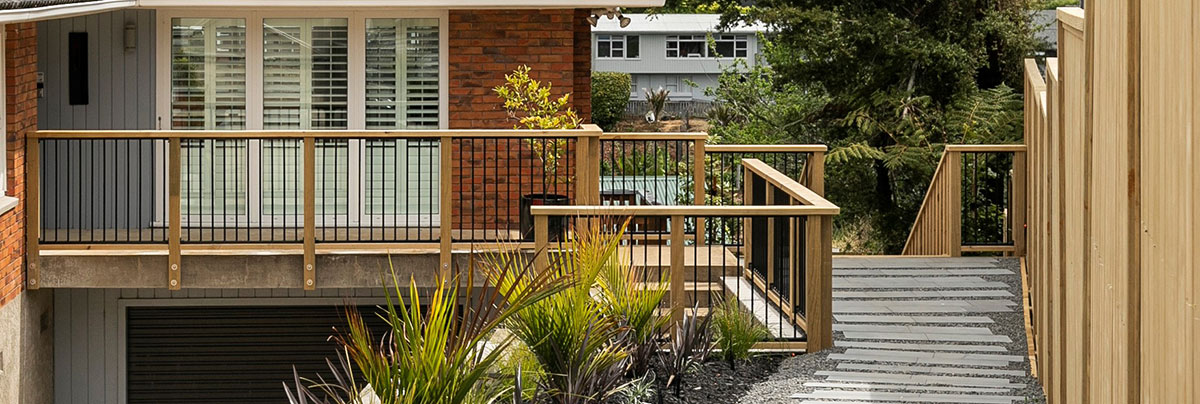 Home entrance pathway with wow factor in Meadowbank, Auckland