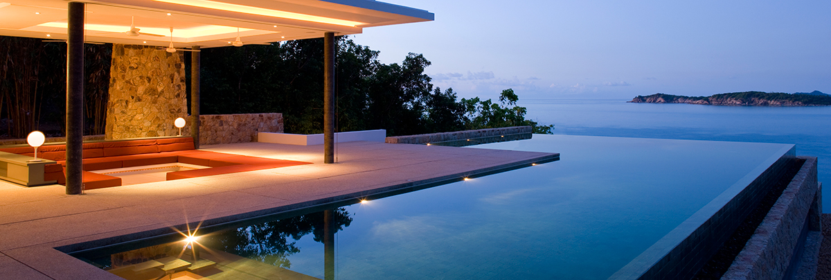 Infinity Edge Swimming Pool With Outdoor Room