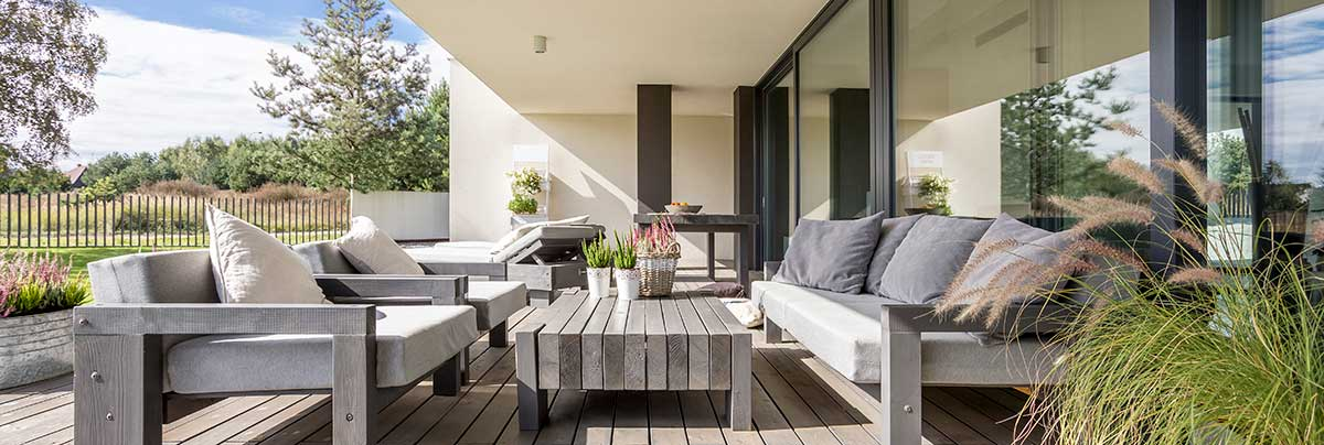 Choosing And Maintaining Your Outdoor Furniture Zones