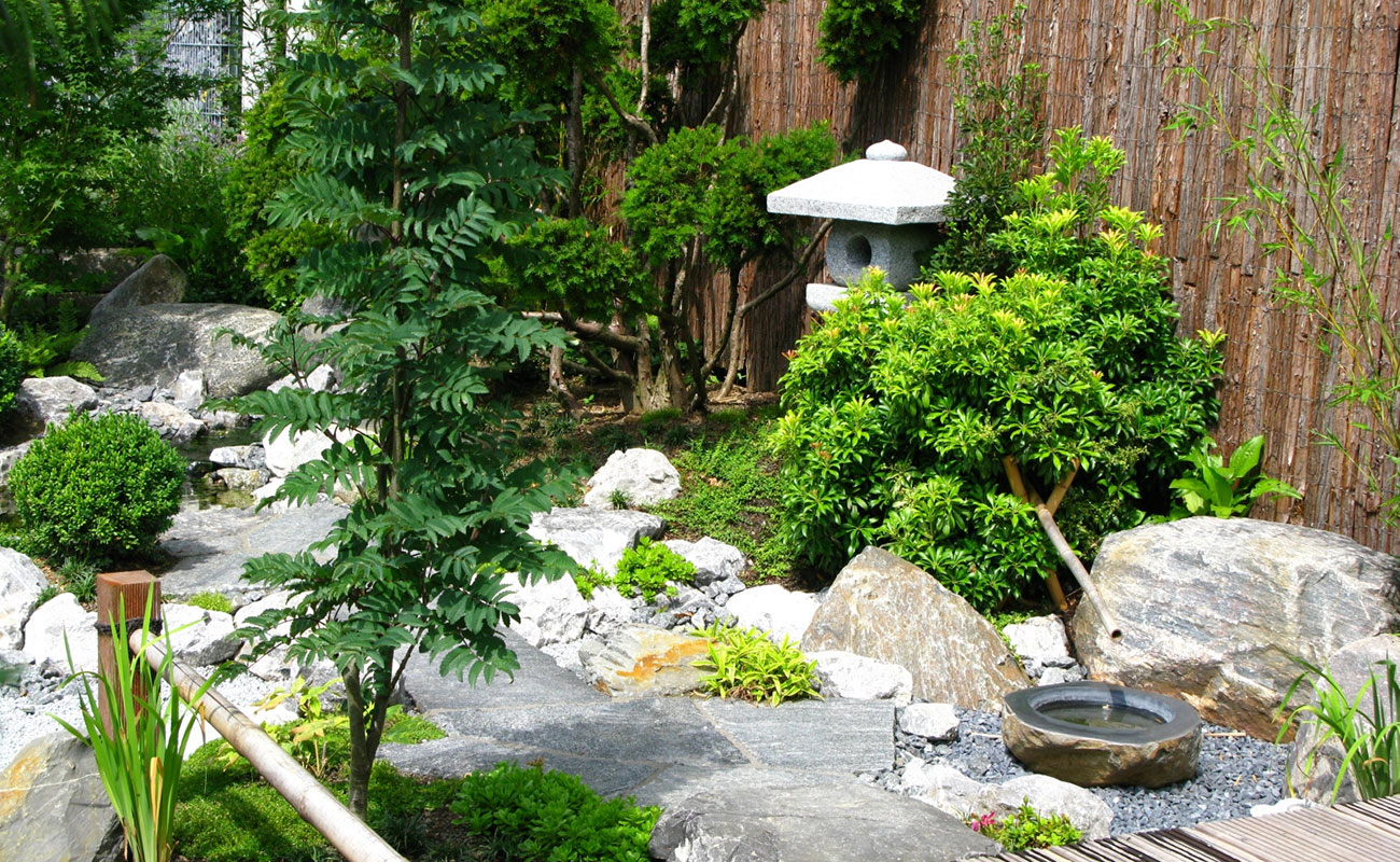 Aesthetic arrangement of a small Japanese style garden.