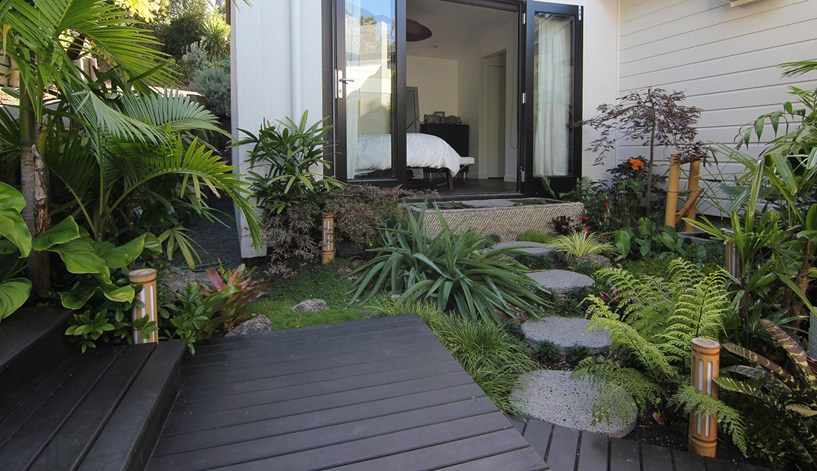 Small subtropical garden zones for Small garden designs nz